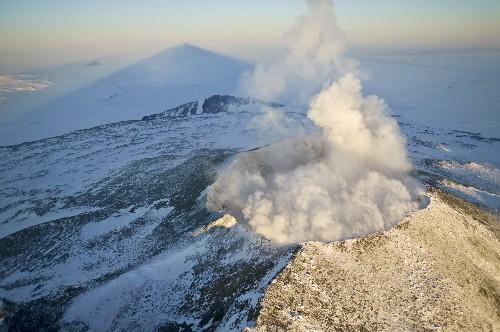 Active Volcano Found Under Antarctic Ice: Eruption Could Raise Sea Levels