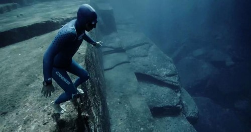 This freediving couple reveals the world underwater like never before.