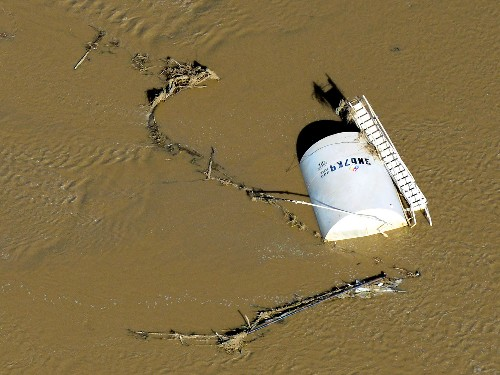 Colorado Flooding Imperils Oil and Gas Sites, Causes Spill
