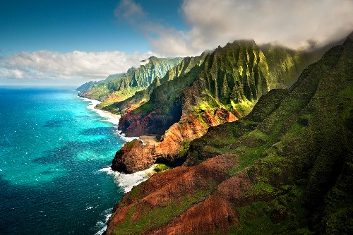 10 of the Most Striking Spots in Hawaii