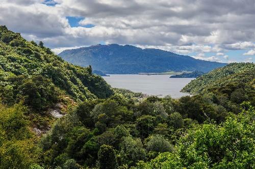 '8th World Wonder' May Lie Below Volcanic Lakeshore