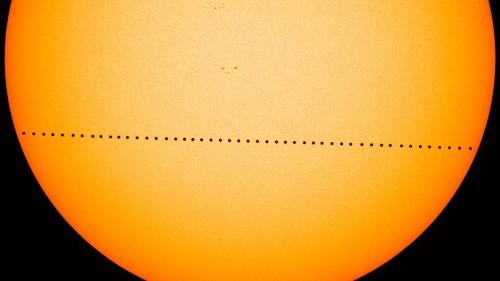 See Mercury glide across the sun in rare sky show