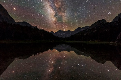 The Milky Way is warped around the edges, new star map confirms