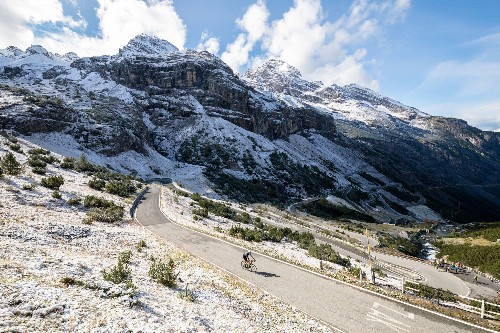 How to Bike the Breathtaking Italian Alps