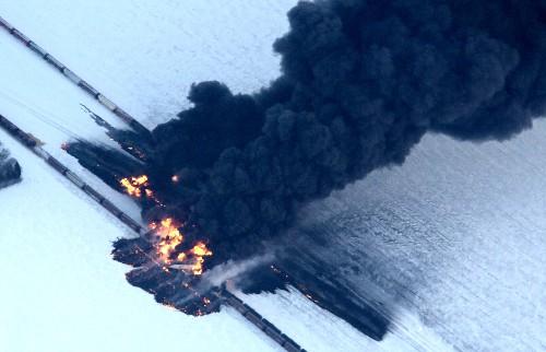 N.D. Oil Train Fire Spotlights Risks of Transporting Crude