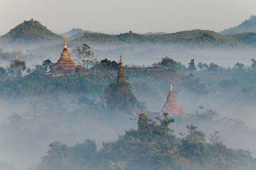 Lost Myanmar Empire Is Stage for Modern Violence