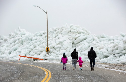 'Ice tsunami' crashes onto northern lake shores. Here's why.