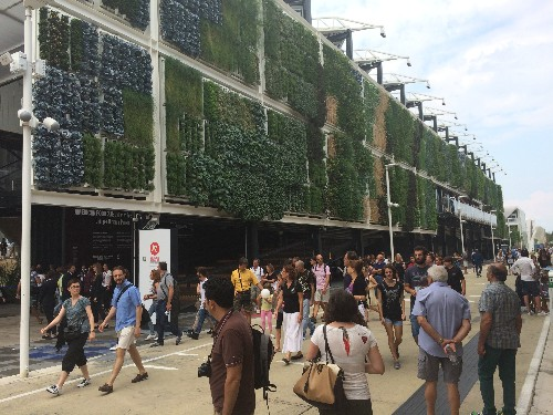 Big Ideas at World Expo: Air-Cleaning Concrete, Food That Orders Itself