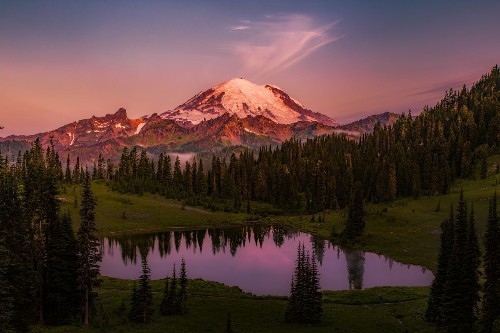 Mt. Rainier Alpenglow Photo by Jiawei Lai — National Geographic Your Shot