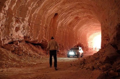 Coober Pedy, Land of Opals and Underground Living