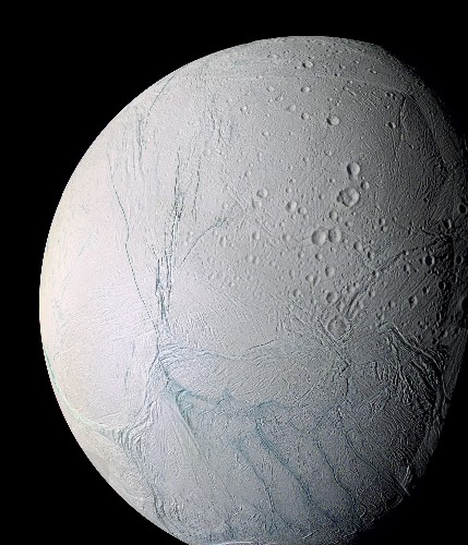 Saturn Moon Harbors Ocean, Raising Possibility of Life