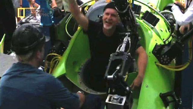 James Cameron Breaks Solo Dive Record