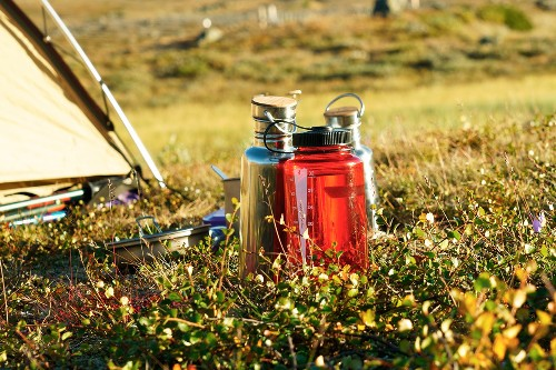6 plastic-free ways to travel with safe drinking water