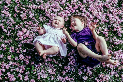 Moments of Motherhood Portrayed by Six National Geographic Photographers