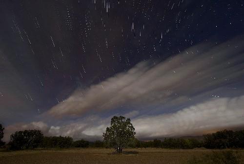 Week's Best Space Pictures: Meteors Shower, Sweden Burns, and Rosetta Orbits
