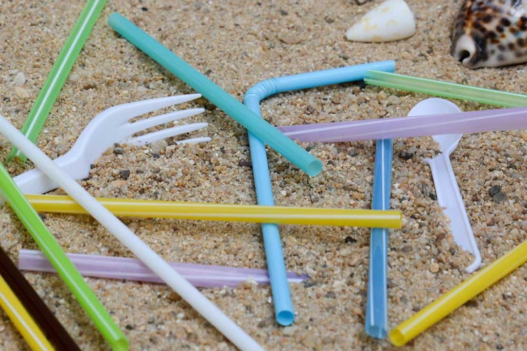 10 tips to reduce your plastic use