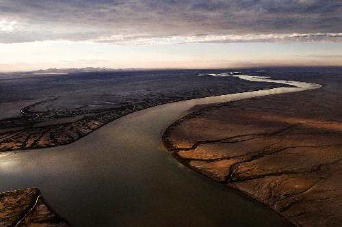 "Historic ""Pulse Flow"" Brings Water to Parched Colorado River Delta"