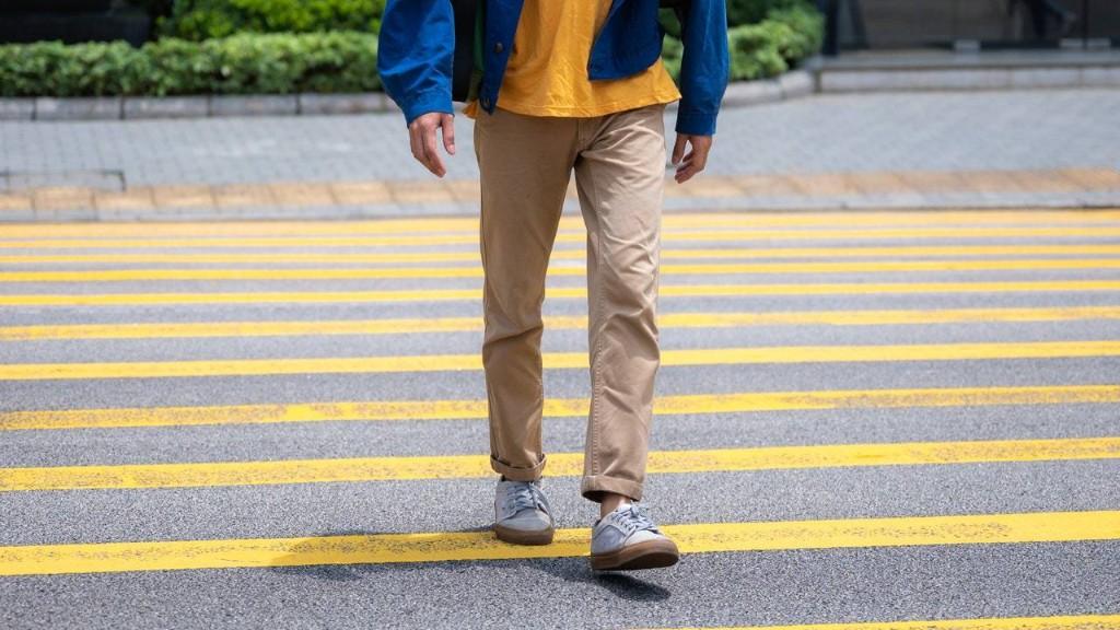 Introducing New York City's Only Boyfriend-Walking Service