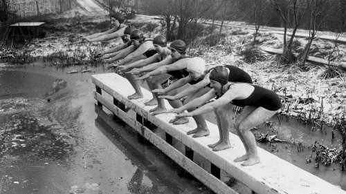 The Women Who Brave Winter Swimming at London's Ladies' Pond