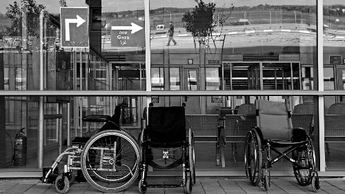 Many Gazan Women Are No Longer Able to Enter Israel for Cancer Treatment