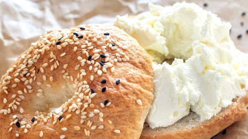 How to Get the Exact Amount of Cream Cheese You Want on Your Bagel