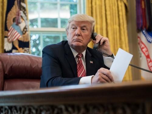 Trump Sees New Polls and Orders Ukraine to Investigate Elizabeth Warren