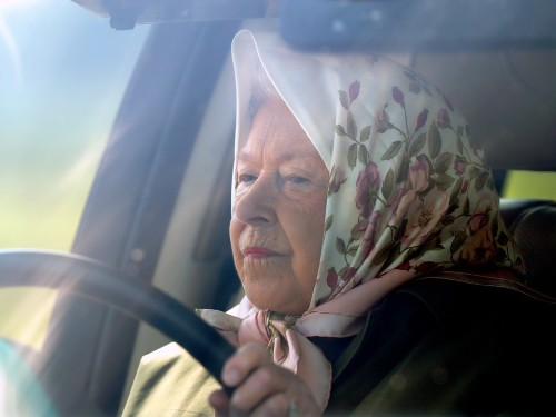 Queen Elizabeth Moving to Canada