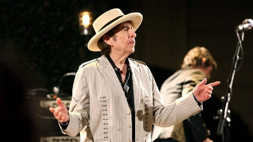 "What Bob Dylan Is Doing in ""Murder Most Foul"""