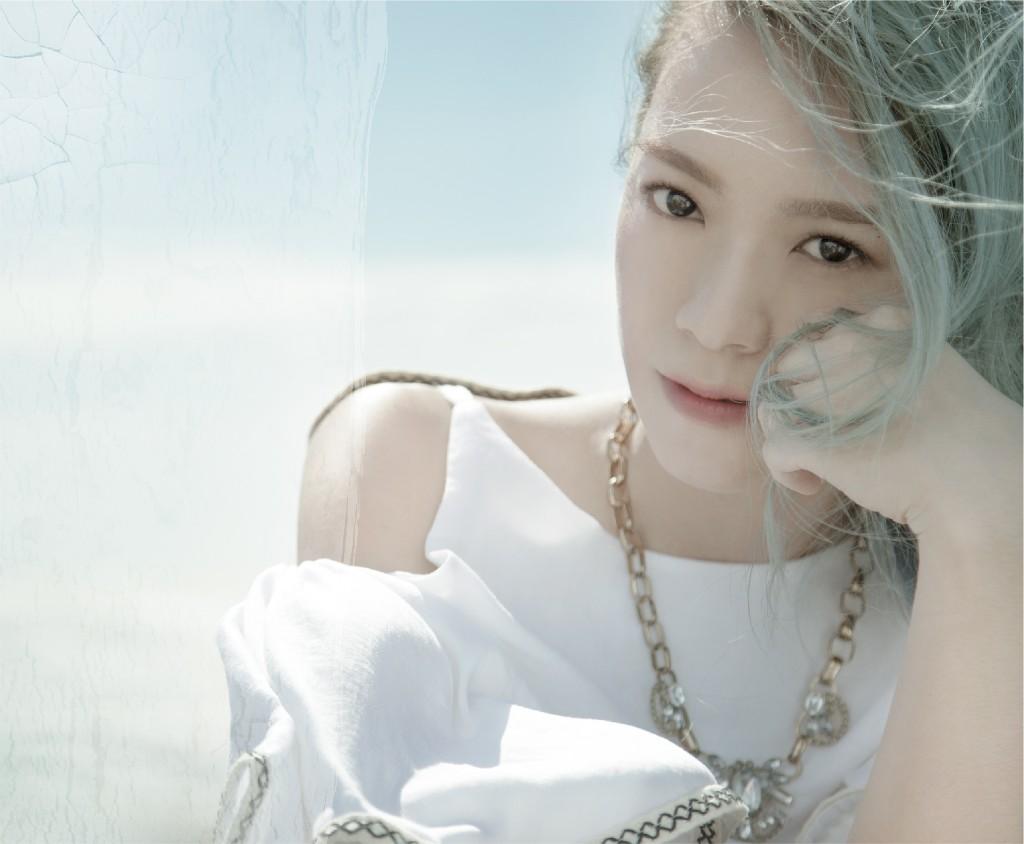 黃小琥 - Magazine cover