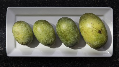This Once-Obscure Fruit Is On Its Way To Becoming PawPaw-Pawpular
