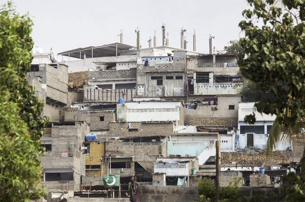 Social Distancing Is A Distant Dream In Pakistan's Urban Slums
