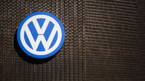 Volkswagen Latest: U.S. Sales Stall, German Prosecutors Veer From Criminal Probe