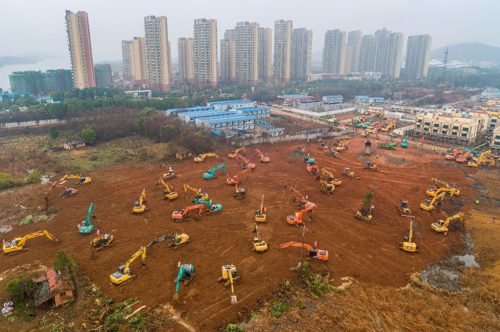 PHOTOS: China Builds A Medical Center From Scratch In Under 2 Weeks