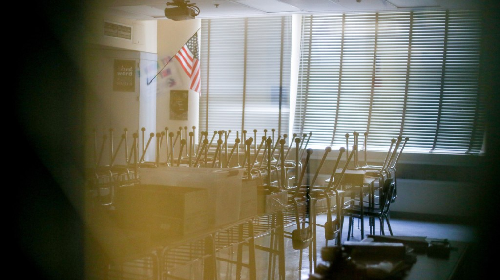 Los Angeles And San Diego Schools Announce Online-Only Fall