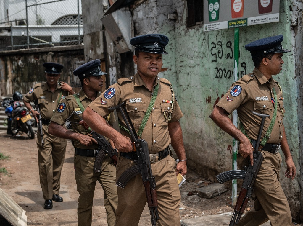 Sri Lanka's Military Reports 15 Deaths In Shootout During Search For Bomb Suspects