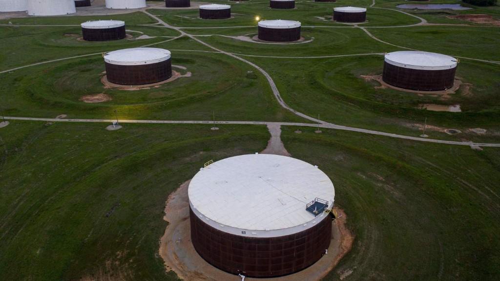 Oil Storage Wars