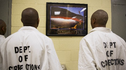 Federal Task Force Recommends Reducing Number Of Inmates By 60,000 In 10 Years