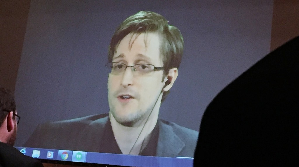 Justice Department Sues Edward Snowden, Seeking Profits From His Book