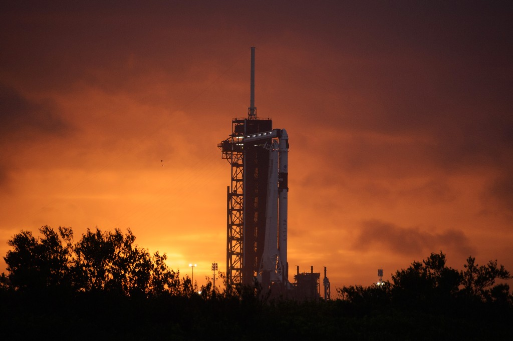 New Spaceship Prepares To Blast Off And Make History