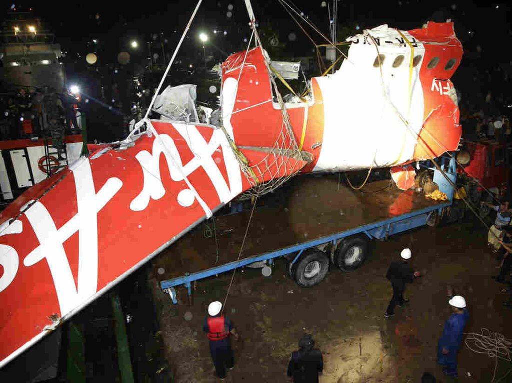 Searchers Say They've Located 'Black Box' From AirAsia Flight