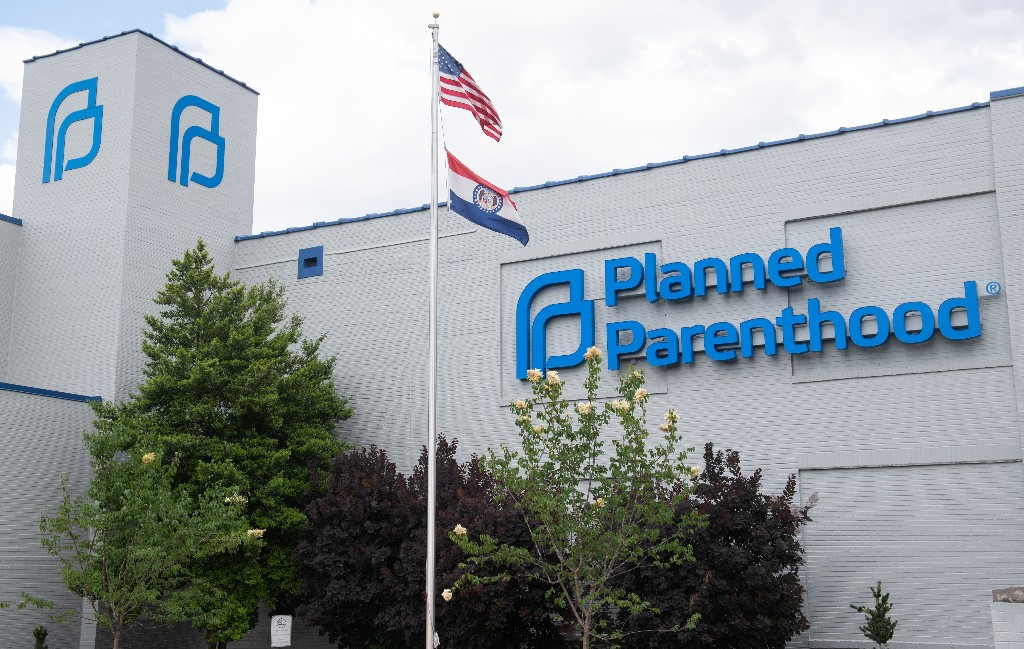 Trump Administration To Planned Parenthood: Return Coronavirus Relief Funds