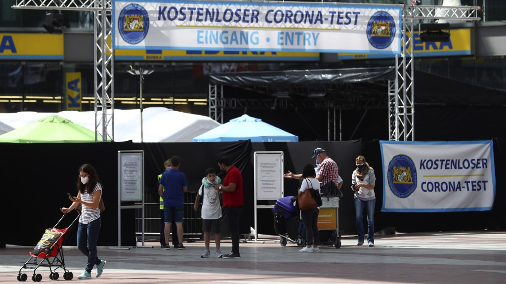'It's A Disaster': German Expats Love U.S. But Not Its Handling Of Coronavirus