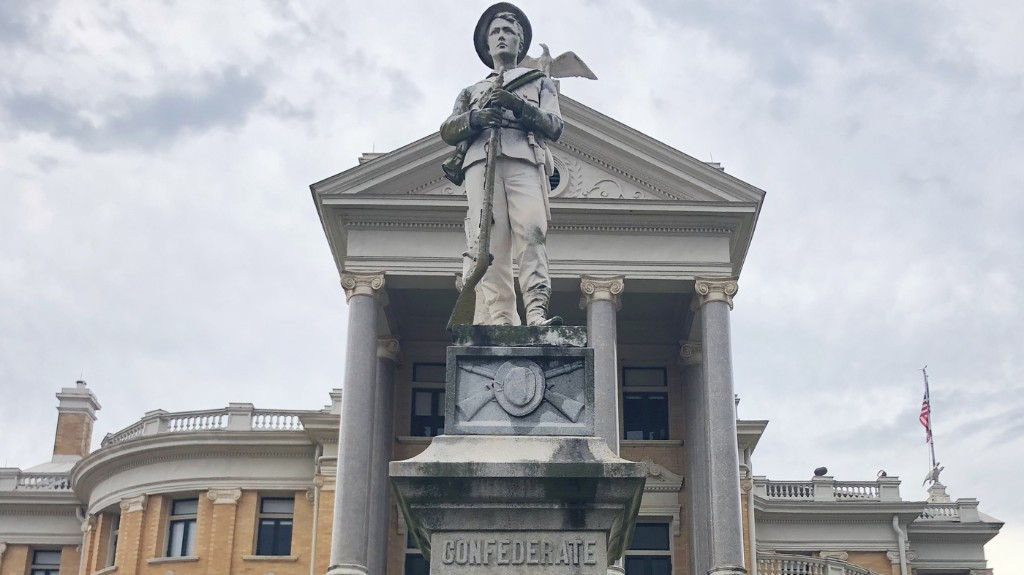 'We Always Knew What It Stood For': Small Texas Town Torn Over Its Confederate Statue