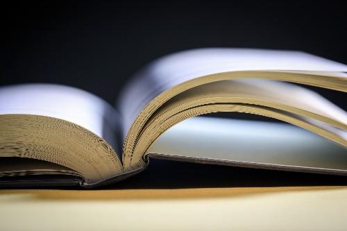 Not A Regular Reader? 4 Strategies To Make Reading A Habit