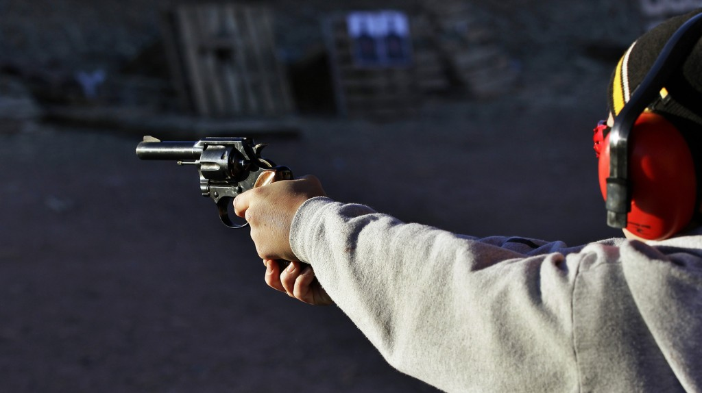 Gun Group Aims To Stop Immigration Bill
