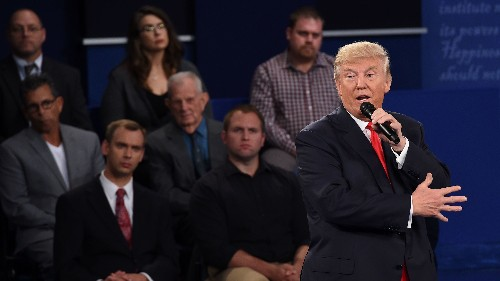 Trump Debate Comment Inspires #MuslimsReportStuff, And It's Very Funny