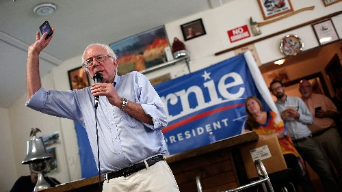 Bernie Sanders Live Tweets GOP Debate, Gets Bored, Goes Home Early