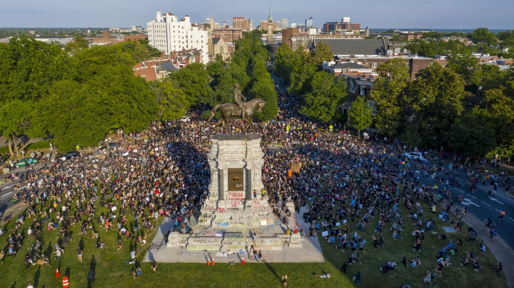 Massive Robert E. Lee Statue In Richmond, Va., Will Be Removed