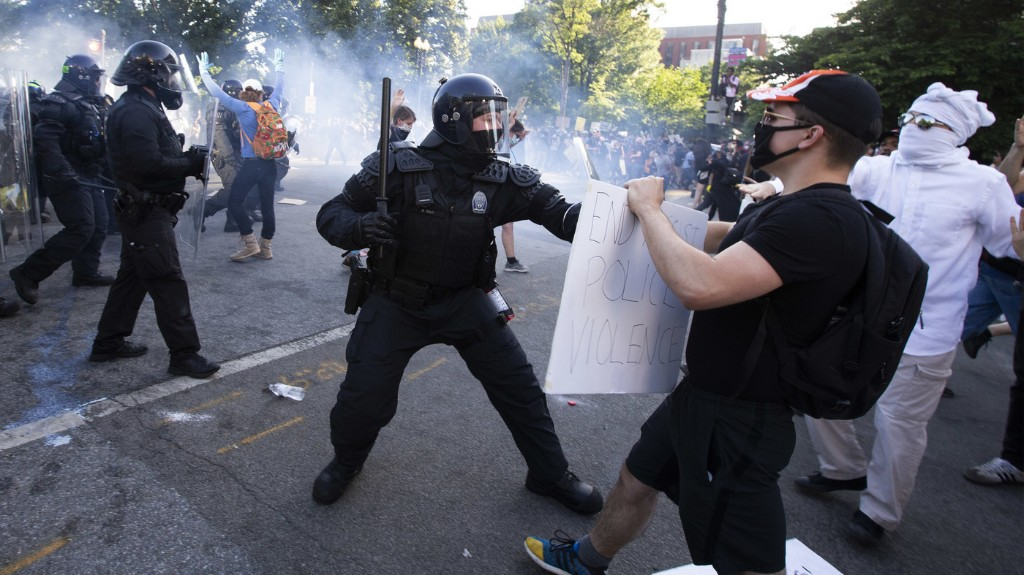 Amnesty International Documents 125 Incidents Of Police Violence Against Protesters