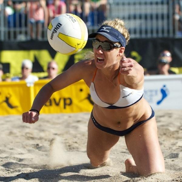 The 5 Best Beach Volleyball Beaches